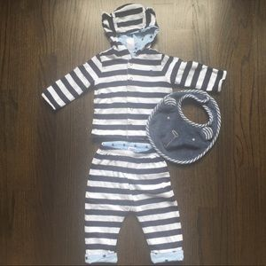 REVERSIBLE!! Baby Gap 3 Piece Outfit